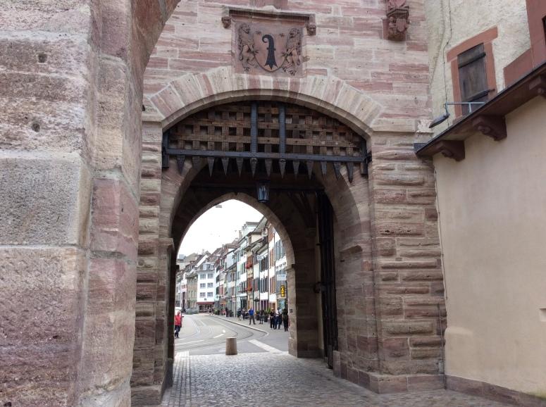 city-gate-4