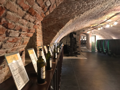Wine Salon 3